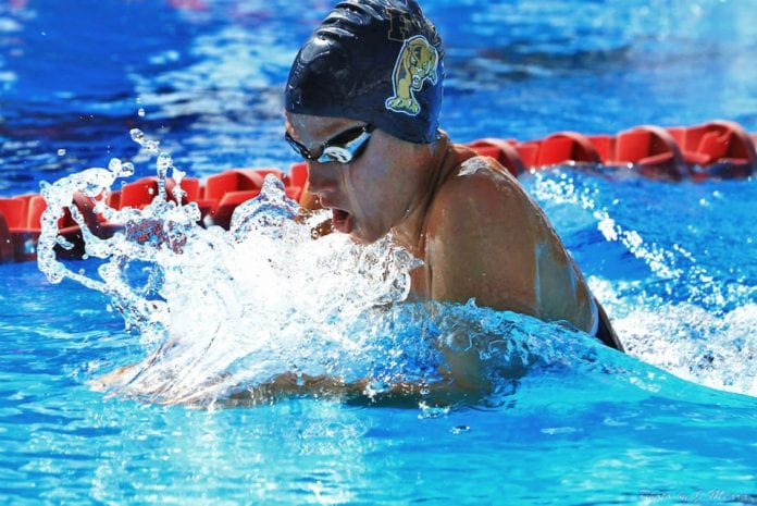 Consulta las marcas para conseguir una beca de natación en USA
