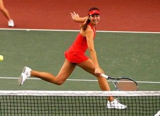 """Alba Cortina, tenista: """"Es un privilegio mejorar tu nivel deportivo mientras haces un grado en inglés"""""""