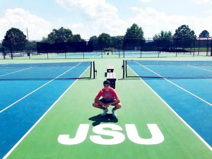 """Jordi Blanchar, tenista becado en EEUU: """"Es una experiencia única que te hace crecer mucho como persona"""""""