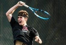 """Alex Ayguavives, tenista becado en USA: """"Compatibilizar el tenis con los estudios es mucho más fácil en EEUU"""""""