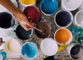 Residencia artística en España, ayuda mensual de 1,000 euros.