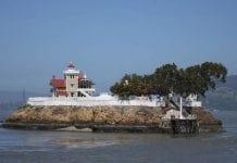 Buscan una pareja para vivir cuidando esta isla cerca de California