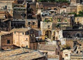 Airbnb ofrece 3 meses gratis en un pueblo al sur de Italia