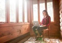 100 empresas que ofrecen trabajos desde casa (o por el mundo)