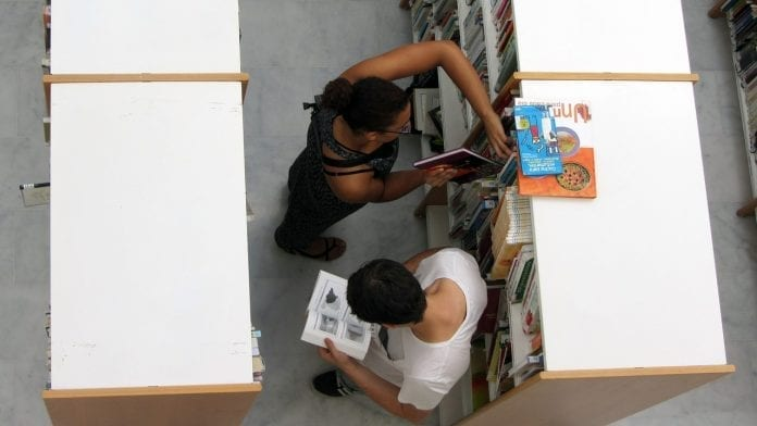 Becas Colombia Diversa para tesis en medio ambiente