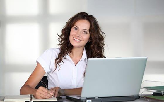 ¿ Qué funciones desempeña un auxiliar administrativo?